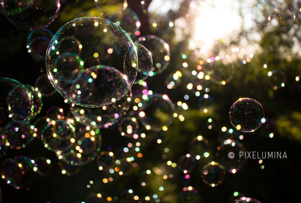 Bokeh Bubbles; © Pixelumina