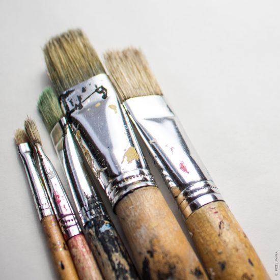 Paintbrush On White; © Pixelumina
